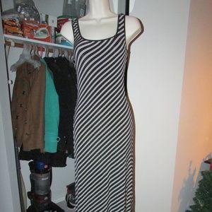 CACHE BLACK & WHITE STRIPED SLEVELESS DRESS